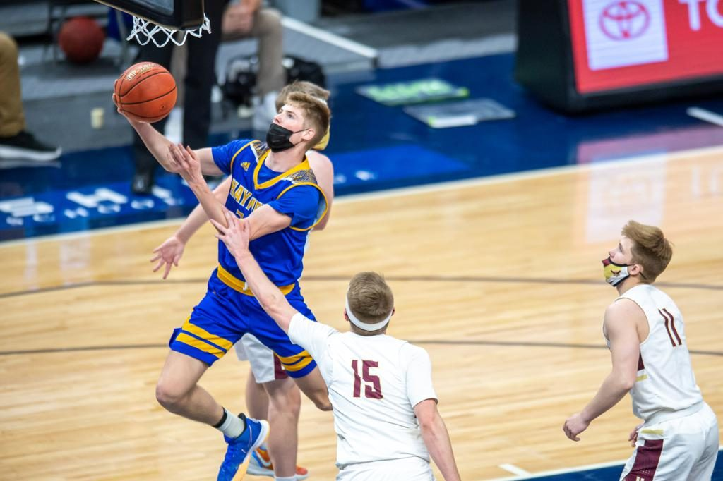 Hayfield's Ethan Slaathaug goes up for a layup in the first half of the Class 1A championship Saturday afternoon. Photo by Earl J. Ebensteiner, SportsEngine Target Center, Class 1A, Championship Hayfield vs. Hancock.  April  10, 2021   Photo by Earl J. Ebensteiner, SportsEngine
