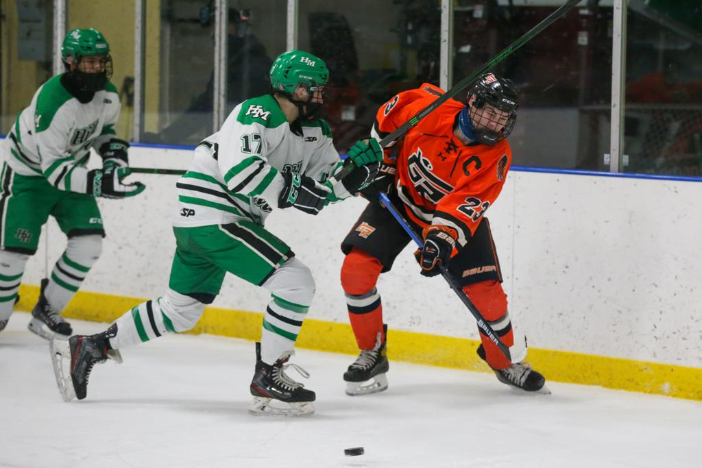 High School Boys' Hockey Grand Rapids vs Hill-Murray  Aldrich Arena  January 23, 2021.  Photo by Jeff Lawler, SportsEngine